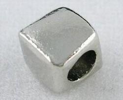 20 metalen blokjes kralen