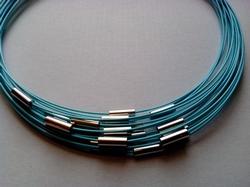 Spang met draaislot +/– 45cm lang Baby blauw