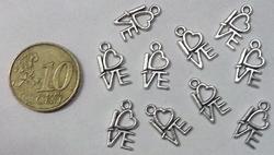 10 metalen love bedeltjes