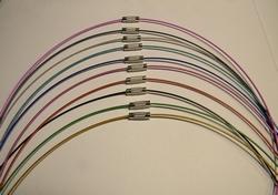 Set van 10 Lange 53cm neckwires met draaislot