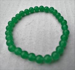 Jade armbandje 6mm kralen 19cm lengte