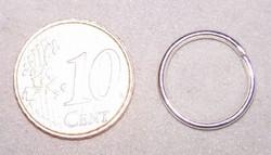 12 ringen 16mm doorsnede 1mm dik zilverkleurig
