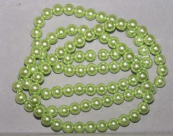 Streng 100 8mm glasparels licht groen