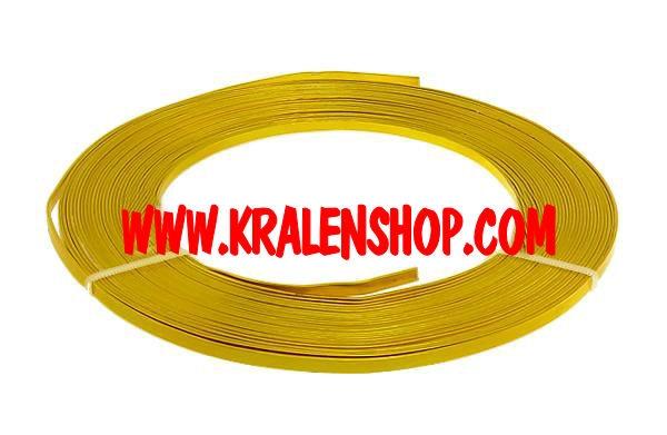 Plat Aluminium goudkleur 3,5mm breed 0,8mm dik Rol 10 meter.